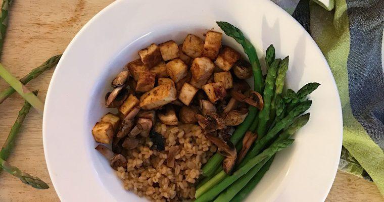 Risotto d'orge aux champignons et tofu au miso