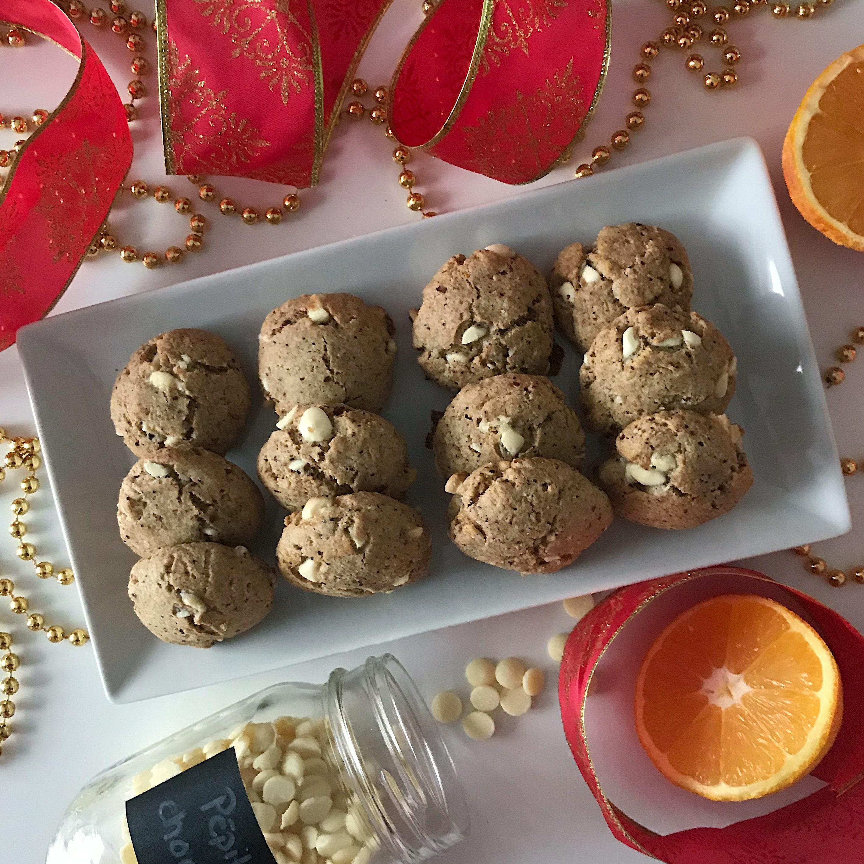 Biscuits sablés noisette, orange et chocolat blanc